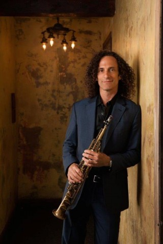 Kenny G Photo 3.jpg
