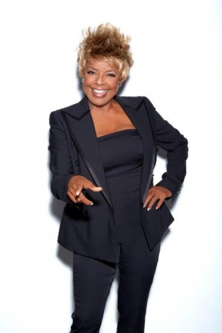 Thelma Houston.jpg