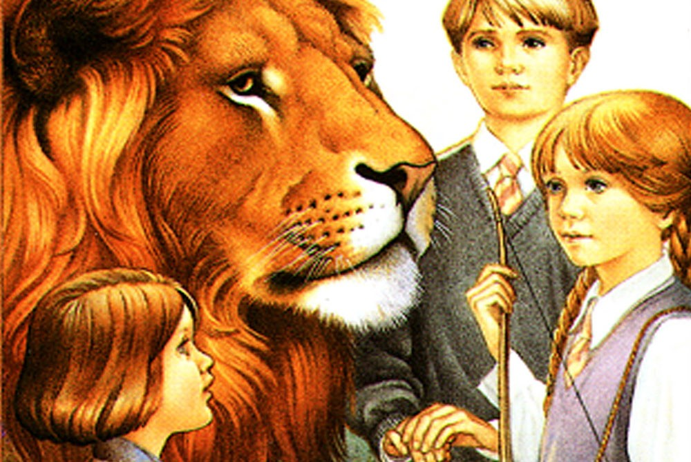 lion-witch-wardrobe.jpg