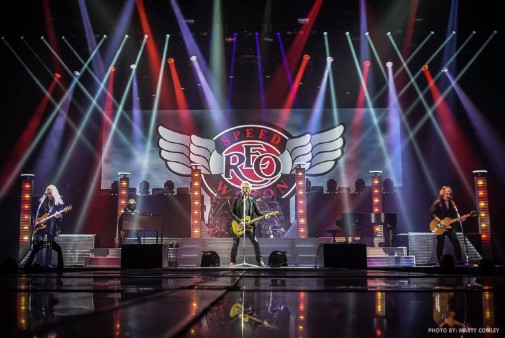 reo-speedwagon-live-shot.jpg