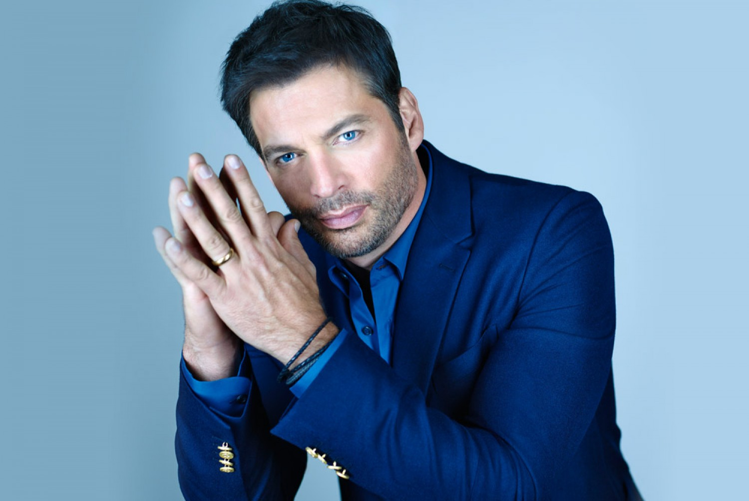 award winning multi platinum entertainer harry connick jr extends his new orleans tricentennial celebration into the christmas holiday season with stop - Harry Connick Jr When My Heart Finds Christmas