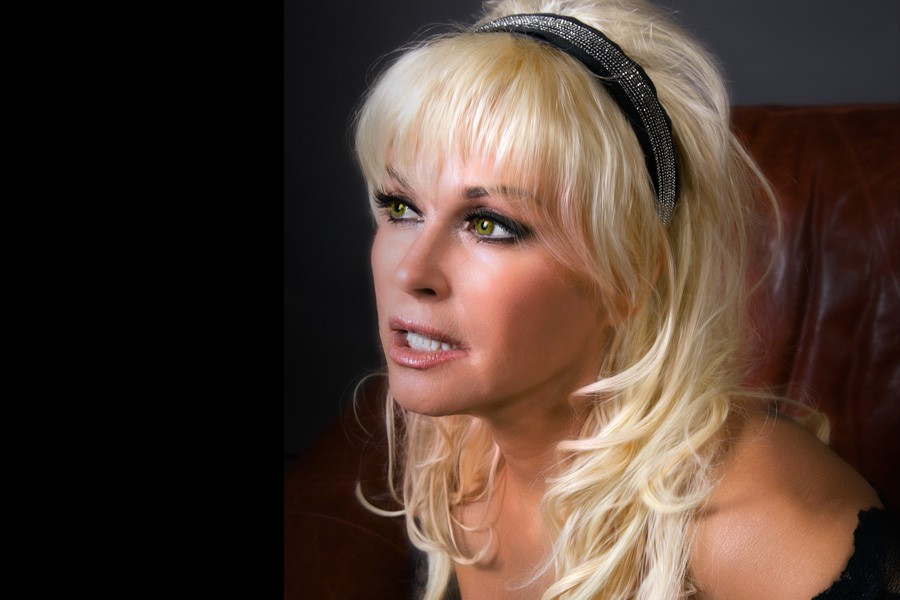 Sophie Skelton,Kathleen Kelly (actress) Erotic videos Ty Olsson,Christy Canyon
