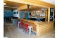 cabin_lounge_002r.jpg