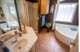 05_bathroom_02.jpg