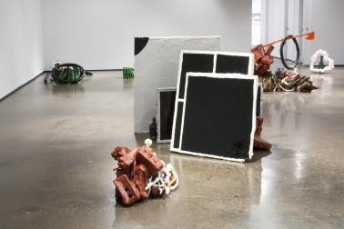 Clutter Sculptures_atcentre-Prop_ 2007.jpg